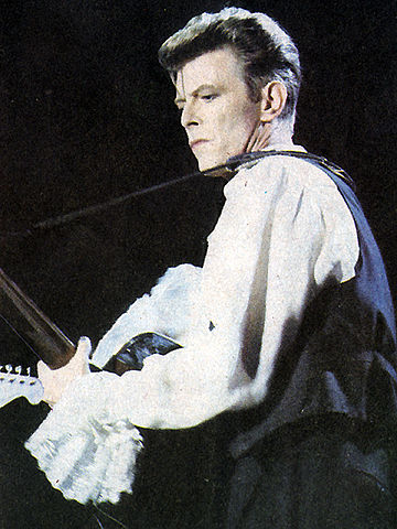 360px-david_bowie_chile